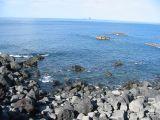 富賀浜から見た三本岳の壁紙【伊豆の海中壁紙 水中写真を壁紙にしました!】
